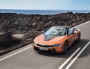 2019-BMW-i8-Roadster-Coupe-36