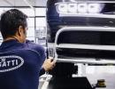 2017-bugatti-chiron-production-16