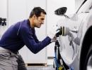 2017-bugatti-chiron-production-18