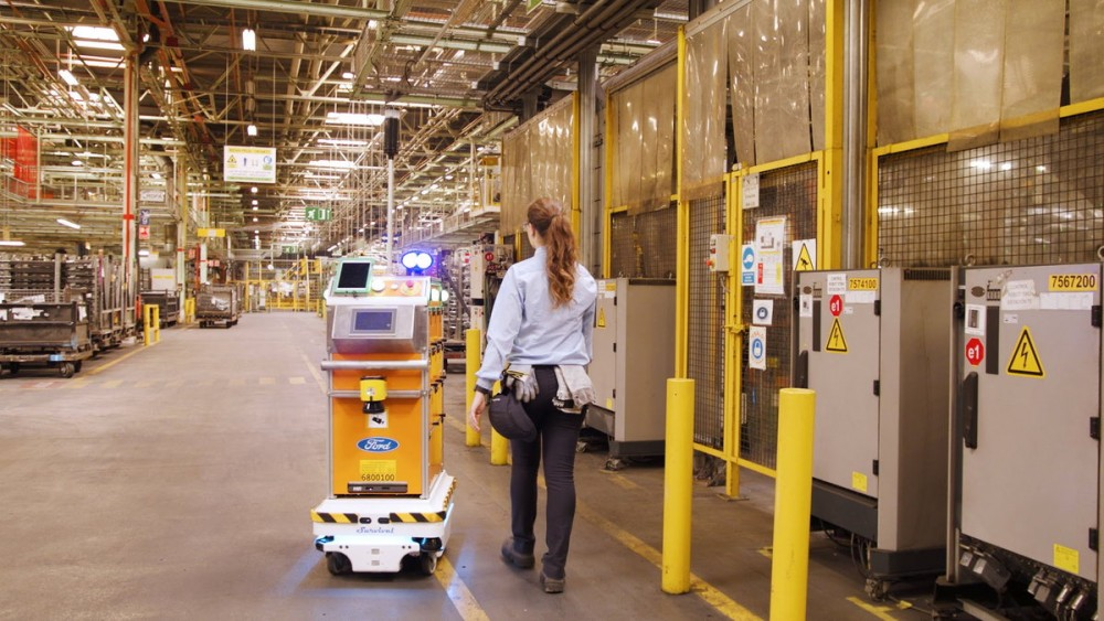 Self-Driving Robot Makes Life Easier for Ford Employees