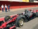 haas-2017-f1-race-car-2