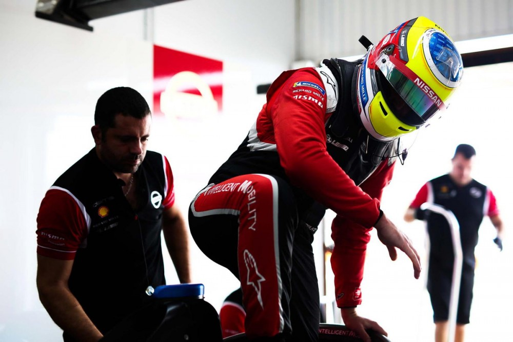 | Driver: Oliver Rowland| Team: Nissan e.dams| Number: 22| Car: IM02|| Photographer: Shivraj Gohil| Event: Collective preseason testing| Circuit: Circuit Ricardo Tormo| Location: Valencia| Series: FIA Formula E| Season: 2019-2020| Country: Spain || Session: Day 4|