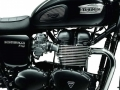 triumph-bonneville-t100-black-my2014-06