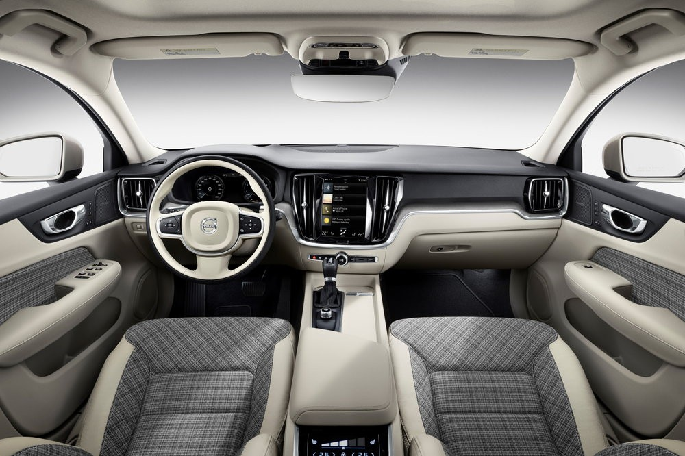 New Volvo V60 interior