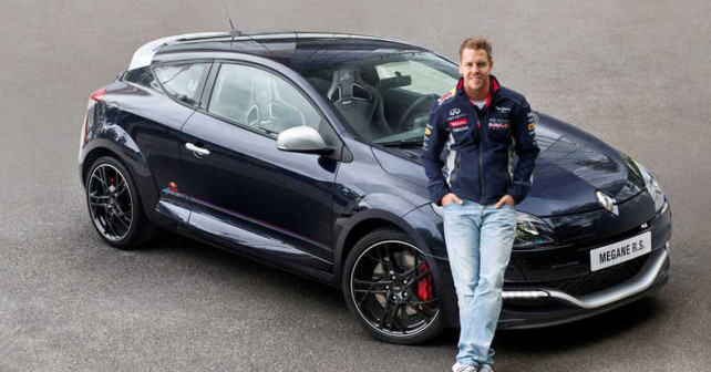 renault-megane-rs-red-bull-1