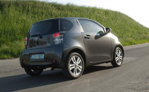 TOYOTA-IQ-THE-END-3