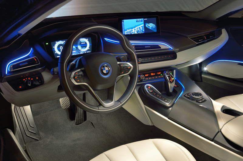 BMW-I8S-2