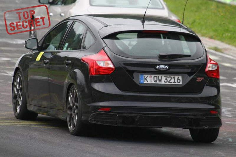FORD-FOCUS-RS-TESTING-3A