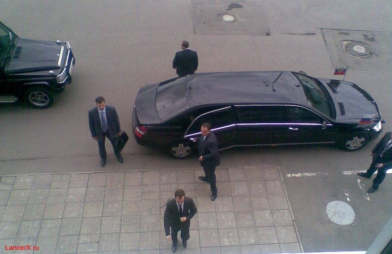 RUSSIAN-PRESIDENTIAL-LIMO-2