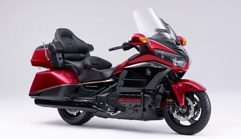 HONDA-300-MILLION-MOTO-2