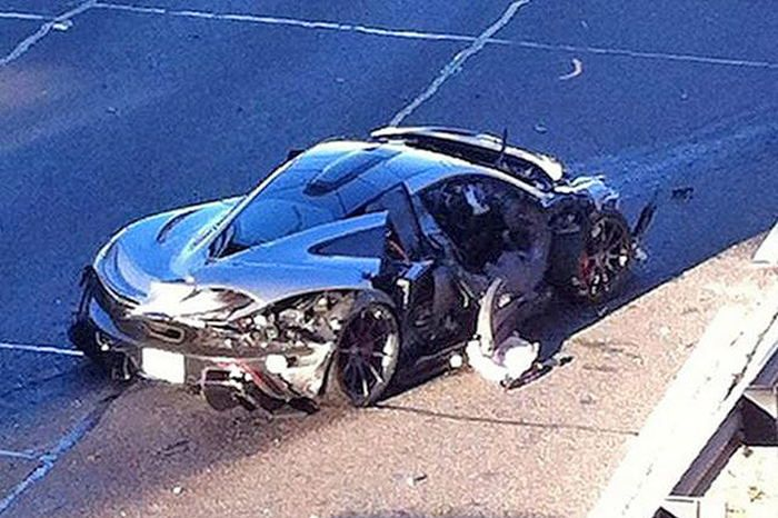 MCLAREN-P1-DALLAS-CRASH-4