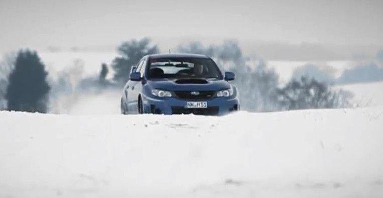 SUBARU-WRX-STI-SNOW-2