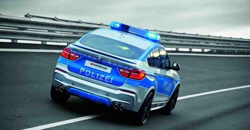 BMW-X4-AC-SCHNITZER-POLIZEI-2