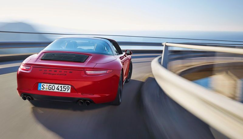 PORSCHE-911-GOES-TURBO-3