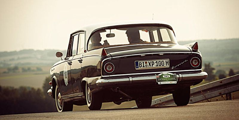 BORGWARD-REVIVAL-3