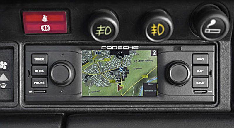 PORSCHE-RETRO-GPS-FOR-911-2