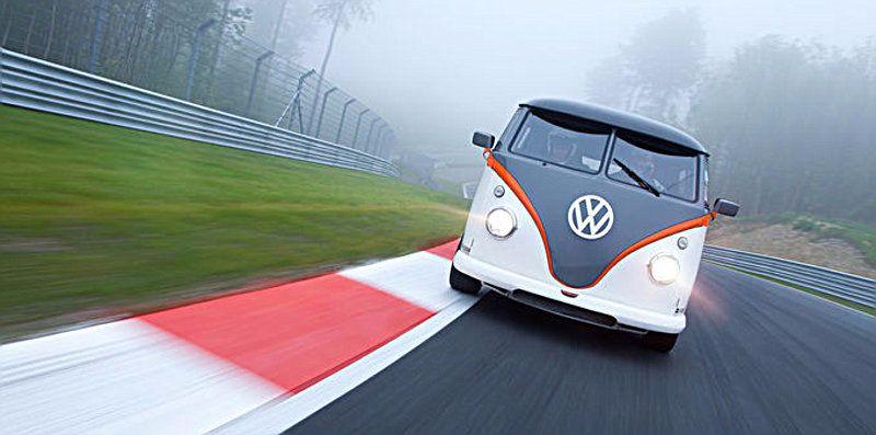 VW-T1-Race-Taxi-2