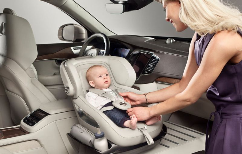 Volvo-XC90-Excellence-Seat-concept-2