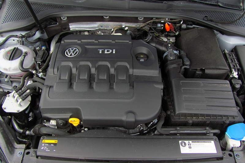 vw-golf-1600-tdi-bluemotion-98