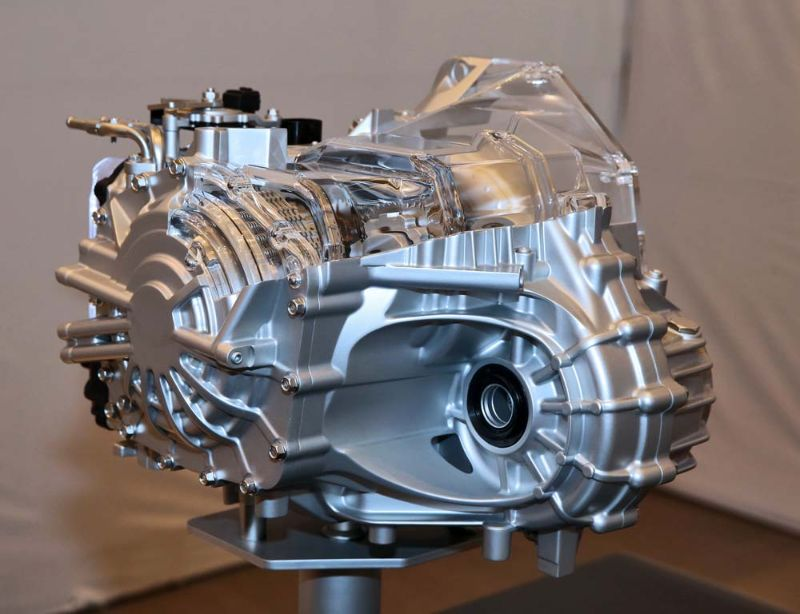 Hyundai Unveils 105PS Engine Hybrid New 8-Speed Auto (4)