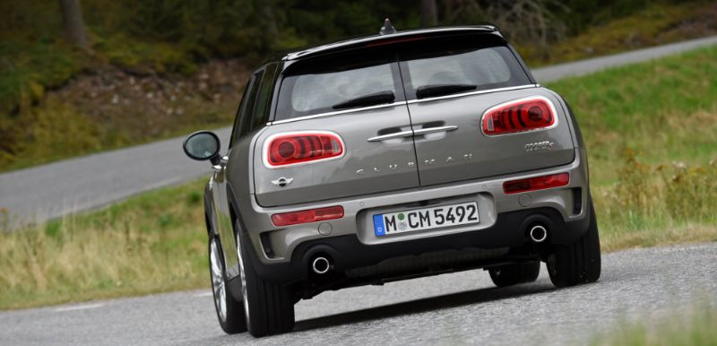 MINI-CLUBMAN-JCW-300+-PS-3