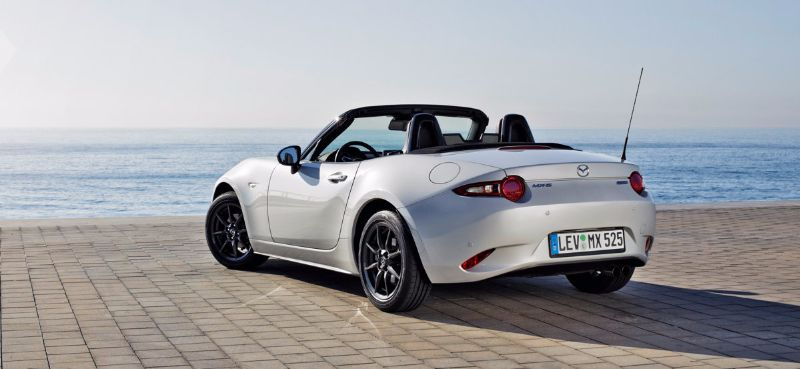 MAZDA-MX-5-ROADSTER-COUPE (2)