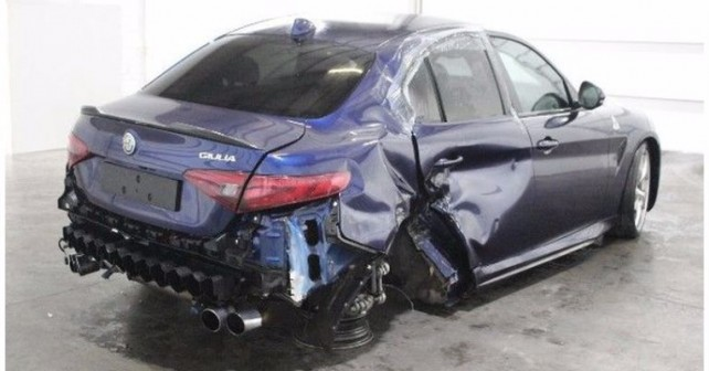 alfa-romeo-giulia-crashed-1