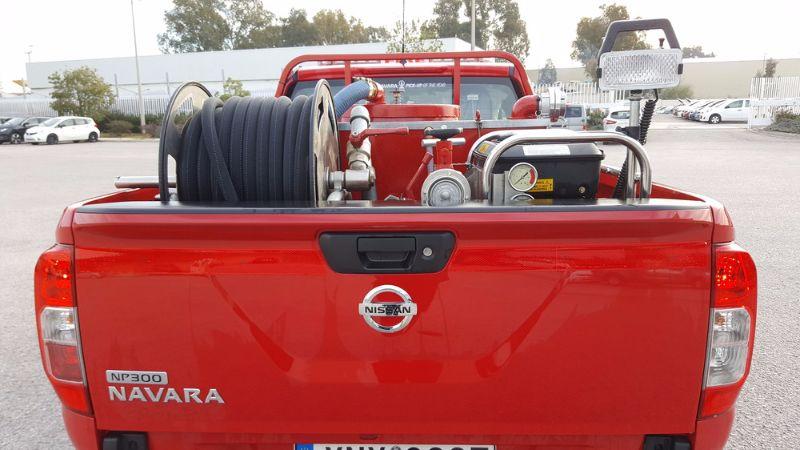 nissan-navara-fire-truck-4