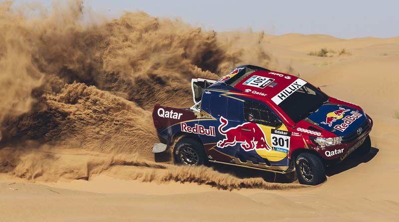 dakar-toyota-gazoo-racing-drivers-presentation-2016-nasser-al-attiyah-toyota-gazoo-racing