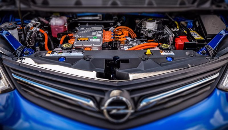 Range Champion Opel Ampera-e