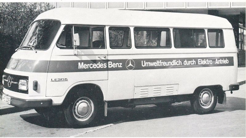 1972-mercedes-benz-le-306