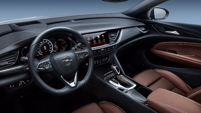 2018-opel-insignia-country-tourer (1)