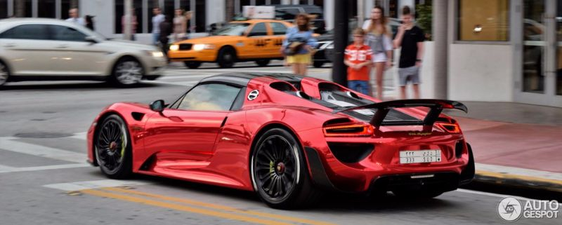 PORSCHE-918-SPYDER-RED-WRAP (8)