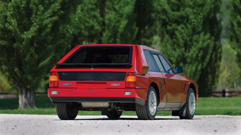 1985-lancia-delta-s4-stradale (2)