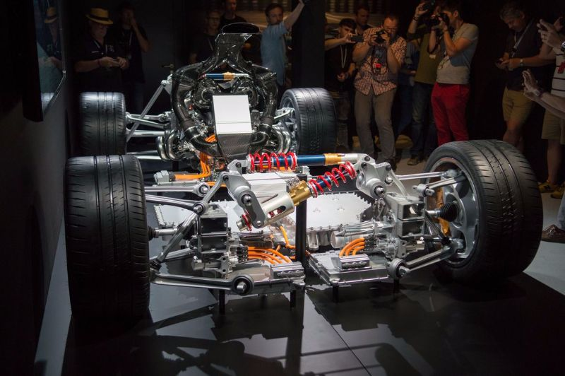 mercedes-amg-project-one-4 (1)