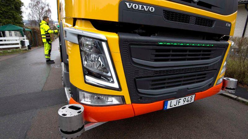 volvo-autonomous-garbage-truck (1)