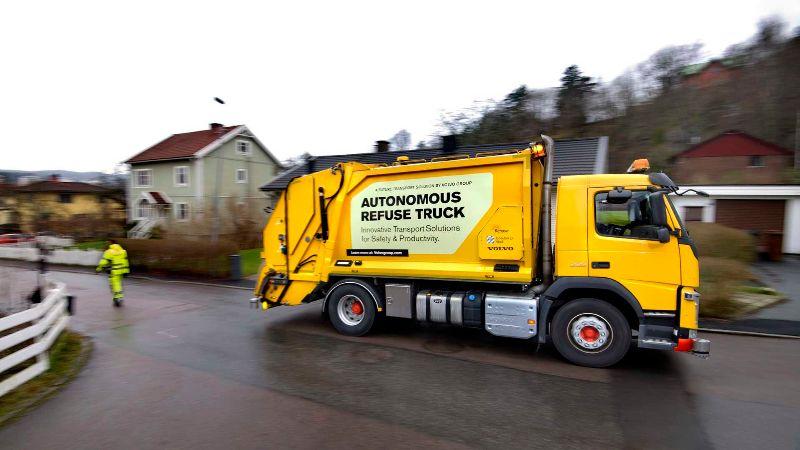 volvo-autonomous-garbage-truck (3)