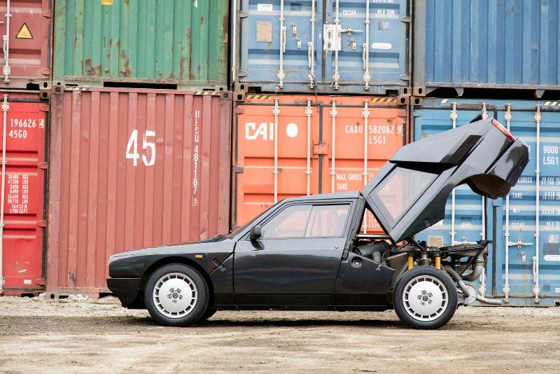 1985 Lancia Delta S4 Stradale 12 copy