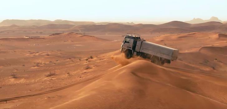 merc-desert-2
