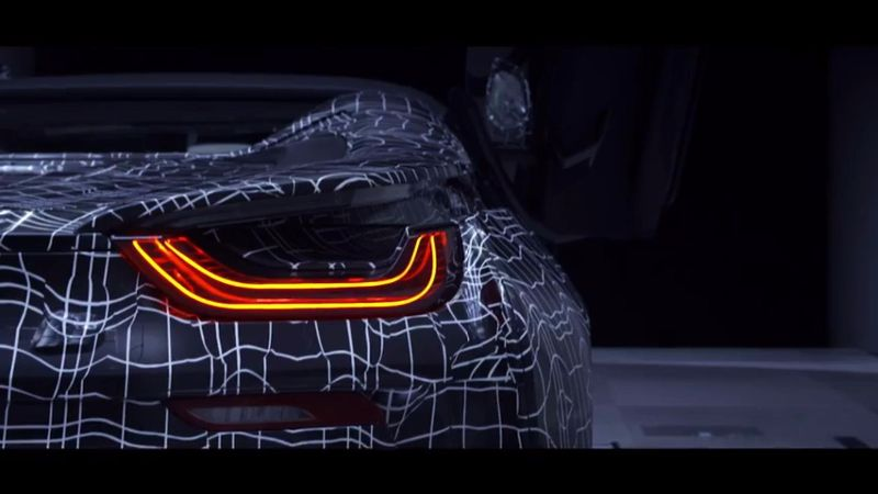 2018-bmw-i8-roadster-teaser (1)