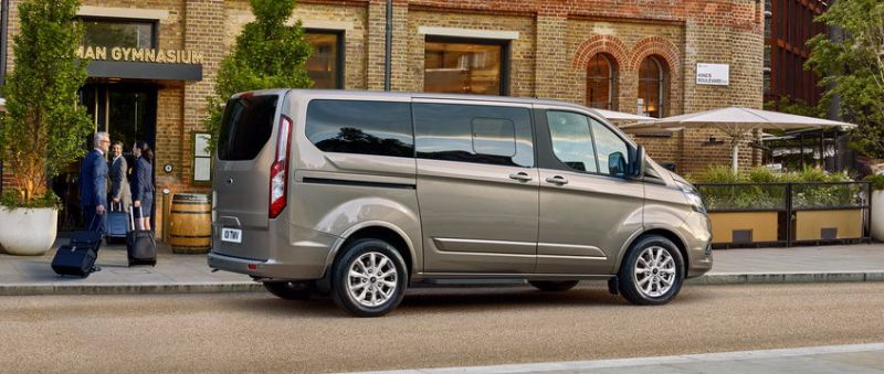 FORD-TOURNEO-CUSTOM (4)