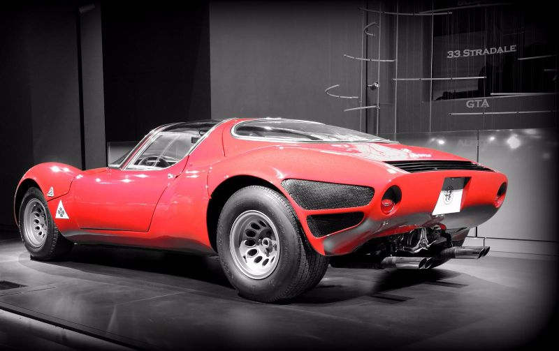 Alfa-Romeo_33-stradale_01 (2)