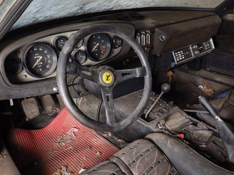 Ferrari_365GTB4_14