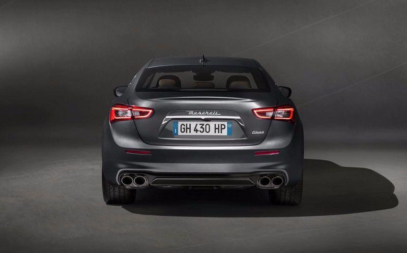 Maserati-Ghibli-GranLusso-4