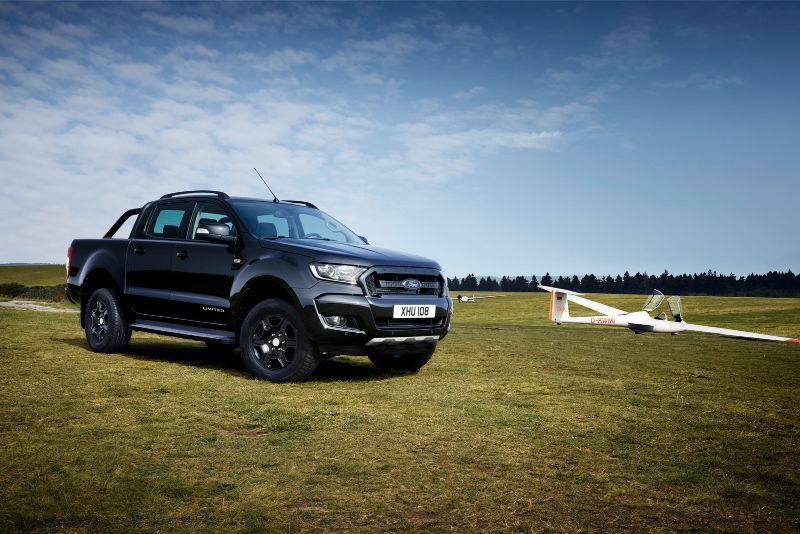 2017-ford-ranger-black-edition-2