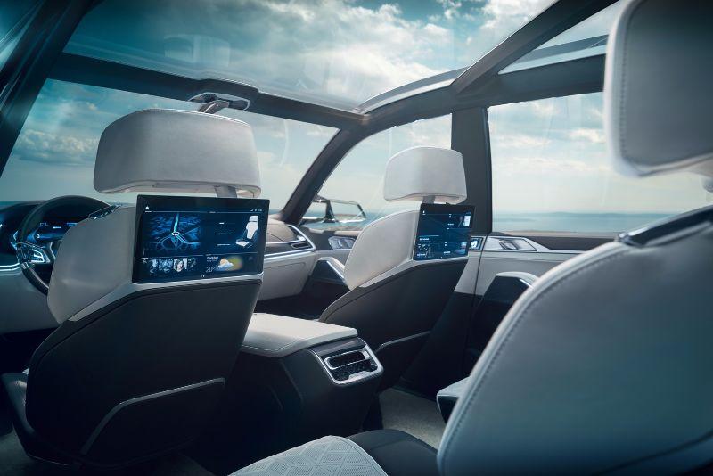 BMW-X7-iPerformance-38