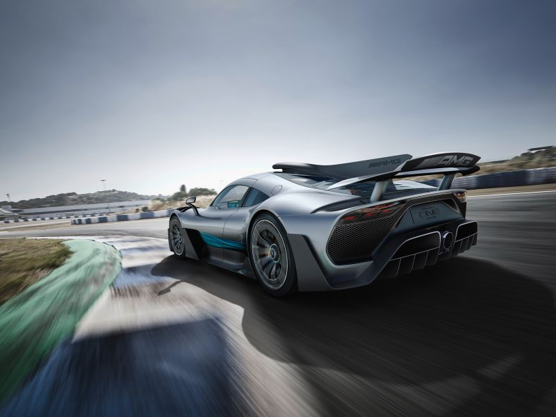 MercedesAMG-ProjectOne-02